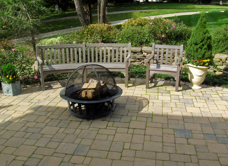 Concrete Paver Patio & Flagstone Patio u0026 Retaining Wall Designs | Masonry @ Sisson Landcapes