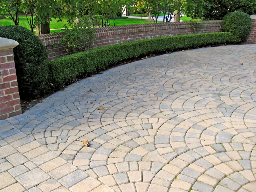 Driveway Installation Portfolio Sisson Landscapes - Concrete octagon patio pavers