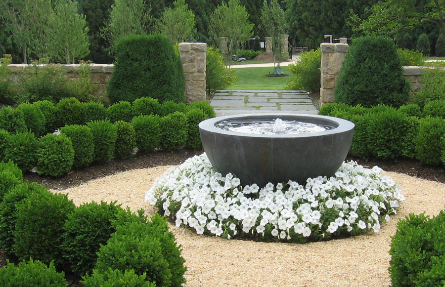 Enchanting Modern Garden Water Feature