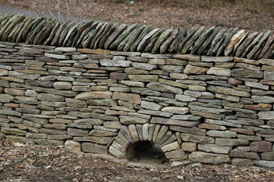 dry stone wall coping1 Connect to history with Dry Stone Walls